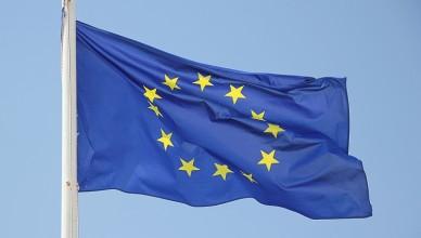 flaga Unii Europejskiej-gazeta-752Q100